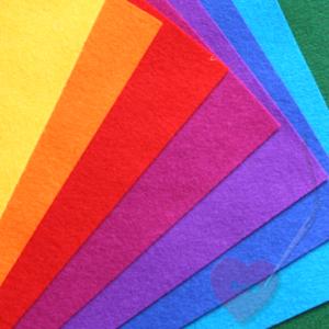 Wollfilz aus 100% Wolle 3mm in leuchtenden Farben Meterware (Farbe: grün)