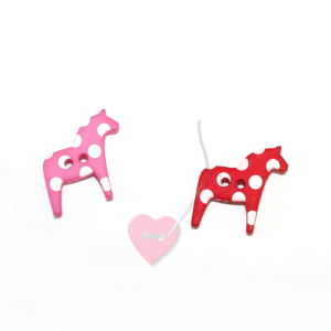 Knopf Dala-Pferdchen Pferdchen mit Punkten  - 2-Loch Knopf 25mm (Farbe: rot)