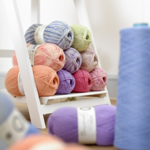 West Yorkshire Spinners Signature 4ply Florist (Farbe: Cornflower)
