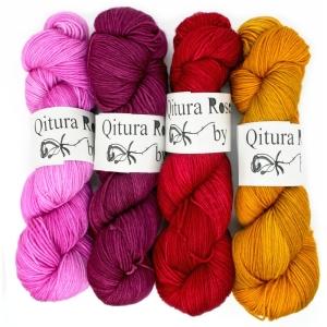 Qitura Rose Fine Merino Socks handgefärbt - Götter SEMISOLID (Farbe: Burgund (Bacchus))