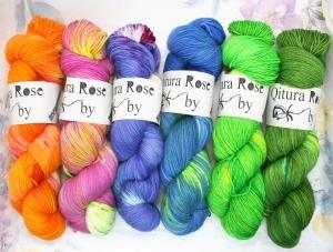 Qitura Rose  Sockenwolle handgefärbt (Farbe: Blau)