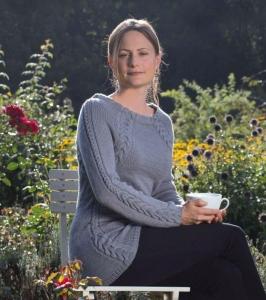 Rosy Green Wool Anleitung Pullover Englischer Garten