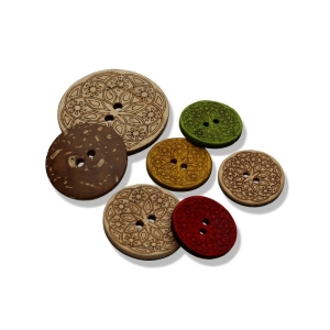 Kokosknopf mit Ornamentfräsung - 2-Loch-Knopf 25mm (Farbe: natur)