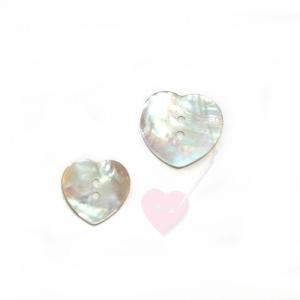 Herzknopf aus Perlmutt - Perlmuttknopf in Herzform (Größe: 23mm)