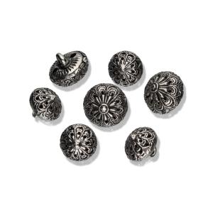 Filigraner Metallknopf mit Öse in zwei Größen (Größe: 11mm)