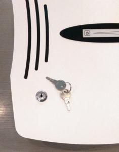 Einbauschloss mit zwei Schlüsseln