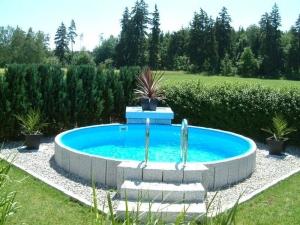 Rundbecken FUN von Future Pool, Innenhülle 0,8 mm blau, Kombihandlauf (Rundbecken FUN, Folienstärke 0,8 mm: 300 x 120 cm, 8 m³)