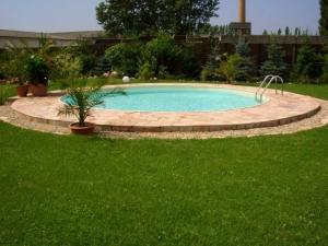 Sofort lieferbare Pools und Innenhüllen