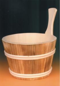 Sauna-Aufgusskübel 4 l mit Holzreifen außen, geflammt