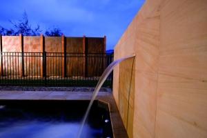 Wasserfall SilkFlow die Wasserattraktion für Ihren Pool (Wasserfall SilkFlow: 300 mm)