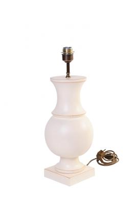 Tischleuchte aus Holz - runde, ballig gedrechselte Form ohne Lampenschirm