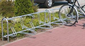 Fahrradklemme / Fahrradständer -Bern-, 45° - für Boden- u. Wandbefestigung (Modell/Radstände/Radeinstellung/Länge/Montage: Grundfeld zum Aufschrauben<br> <b>4er/links/1800mm</b>/einseitig (Art.Nr.: 11109))
