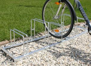 Fahrradklemme / Fahrradständer -Venedig Classic-, Radabstand 350 mm, Einstellwinkel 90° (Radstände/Radeinstellung/Länge:  <b>2er</b>/einseitig/700mm (Art.Nr.: 10795))