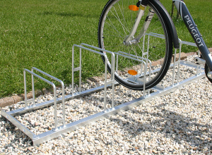 Fahrradklemme / Fahrradst&auml;nder -Venedig Classic-, Radabstand 350 mm, Einstellwinkel 90&deg; (Radst&auml;nde/Radeinstellung/L&auml;nge:  <b>2er</b>/einseitig/700mm (Art.Nr.: 10795))