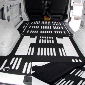 Zweischicht-Laderaumschutz-Matte VW T6 - aus geschlossenzelligem EPDM Zellkautschuk (Moosgummi)