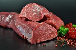 Feinkost Rinderfilet von der Färse - wet aged - 4 Wochen gereift (Gewicht: Feinkost Rinderfilet 300g am Stück)